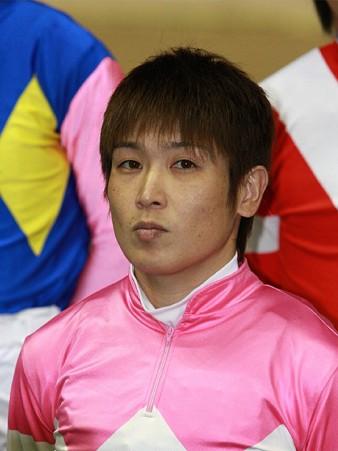 111007-SJT第1ステージ騎手紹介式-岡部誠騎手