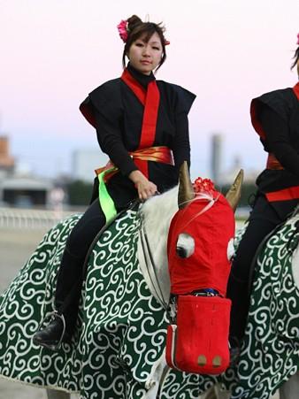 川崎競馬の誘導馬01月開催 獅子舞 鉄火巻Ver-120102-05