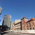 DSC_0122 左に東京中央郵便局、右に東京駅