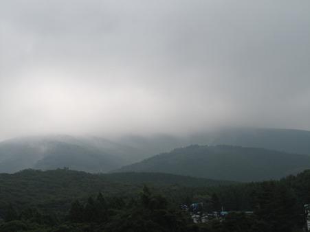 すばしり登山口 富士山は