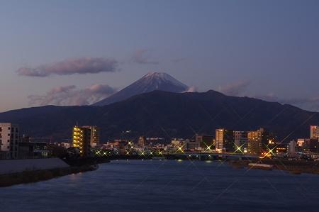 沼津・港大橋からの夜景