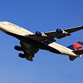 Photos: Delta Air Lines 747-400 Take off !