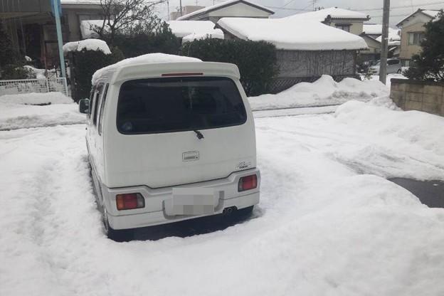写真: 2月4日昼の自宅前の様子