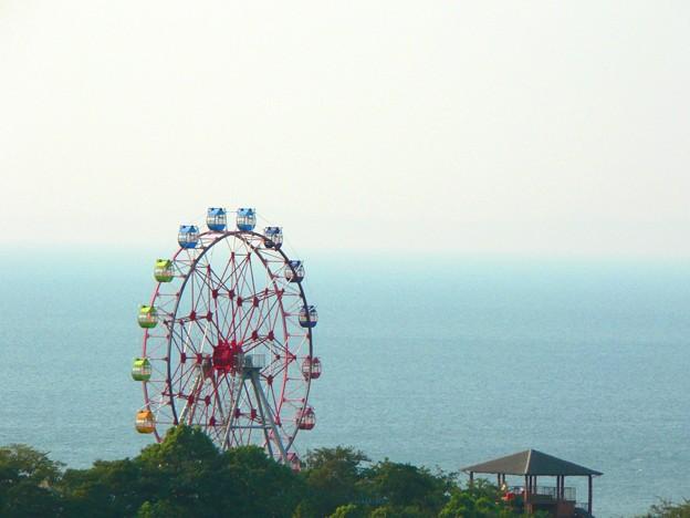 海と観覧車
