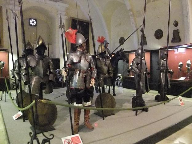 4騎士団長の宮殿兵器庫