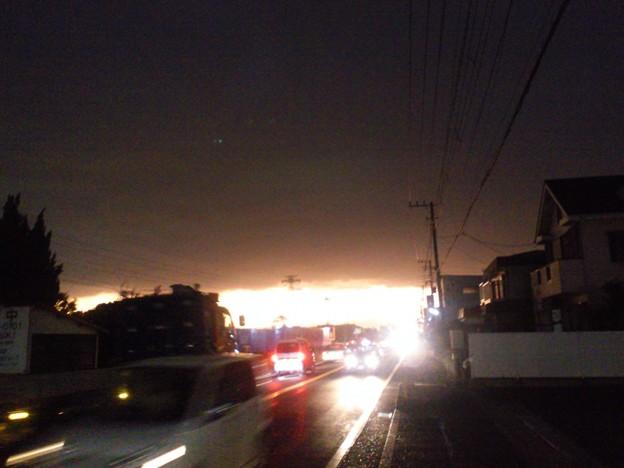 雨雲と夕日