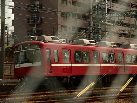 800形(子安駅)4