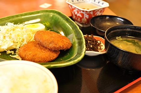 鳥取和牛のメンチカツ定食(道の駅・大山恵みの里【鳥取】)