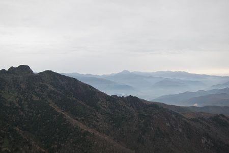 20111030-123646 剣ヶ峰山からの眺望