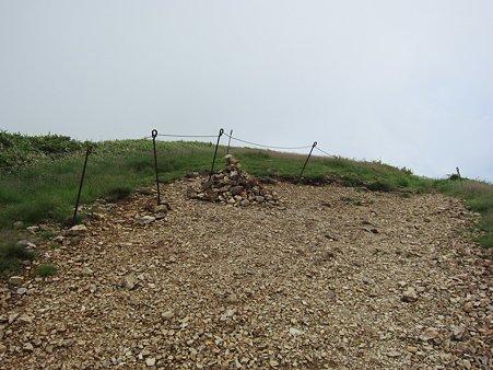 c-110710-101431 本物の山頂?