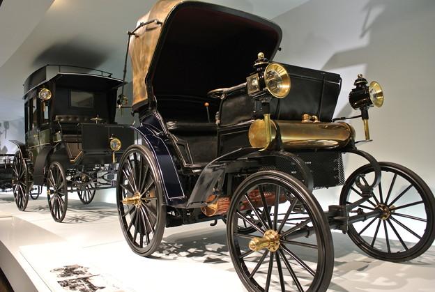 15.Mercedes-Benz Museum