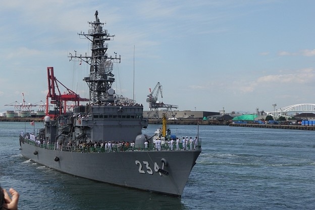 護衛艦 DE-234 とね(あぶくま型護衛艦6番艦) - 写真共有サイト ...